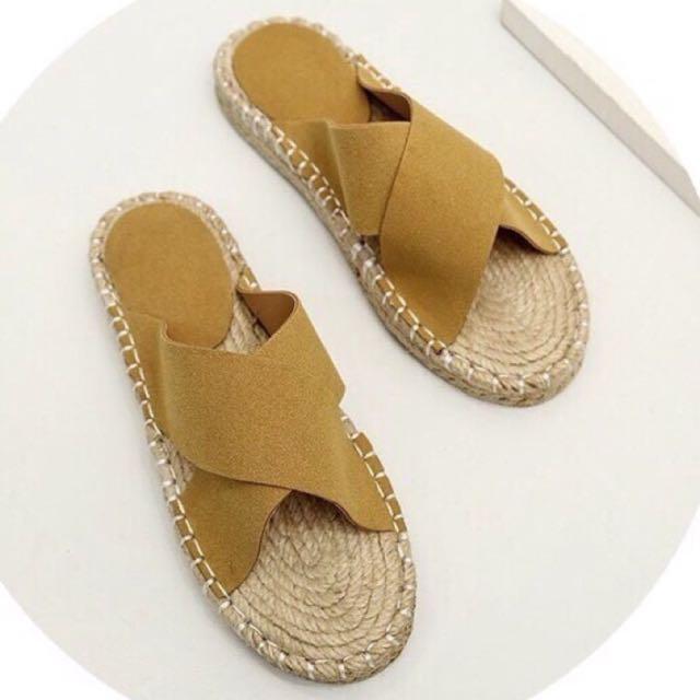 交叉麂皮麂皮草編拖鞋