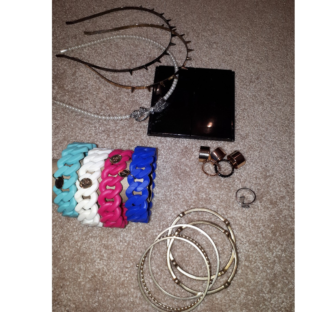 Accessories $2 EACH Or 3 for $5