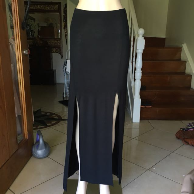 Black Maxi skirt with side slits