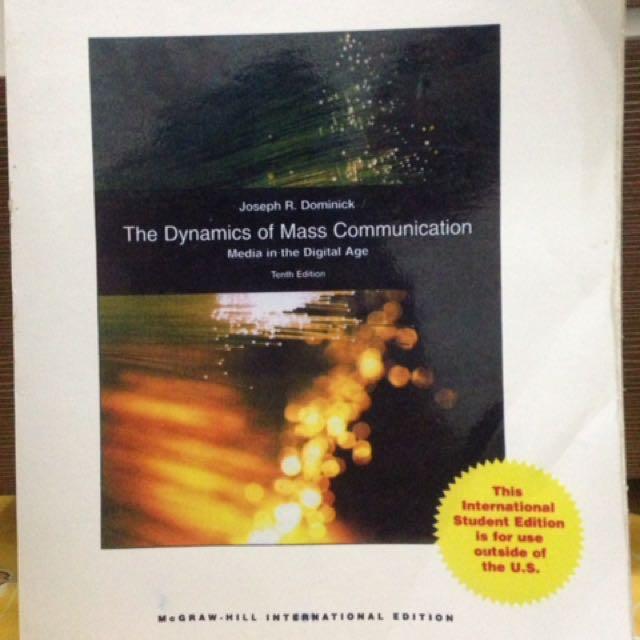 Buku komunikasi :the dynamics of mass communication