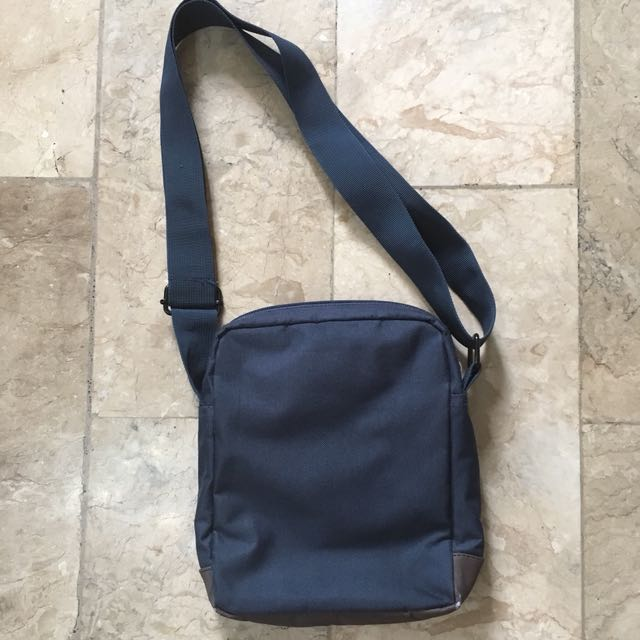 1b5c2d7b979b converse crossbody bag Sale