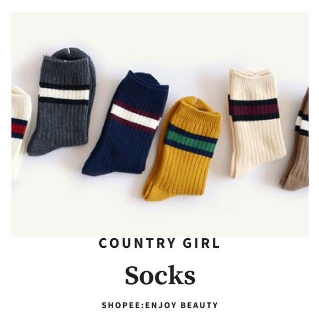 #Enjoy Beauty 田園鄉村風復古素色線條中筒襪
