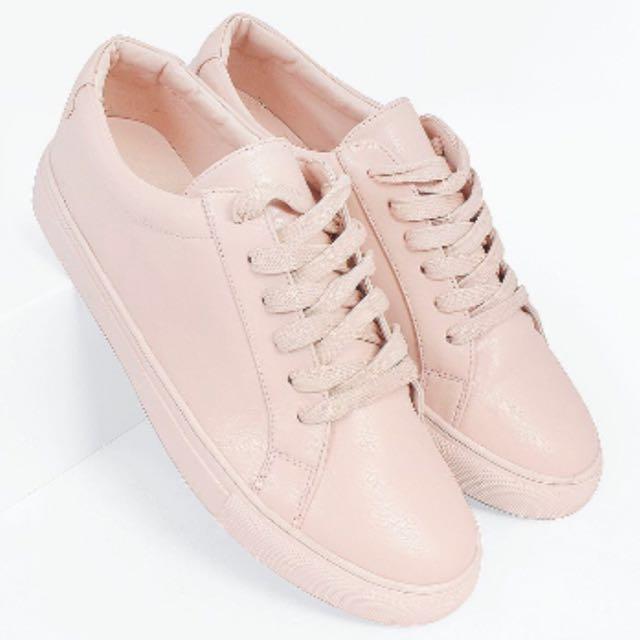 Fayth Vesta Sneakers In Nude Pink