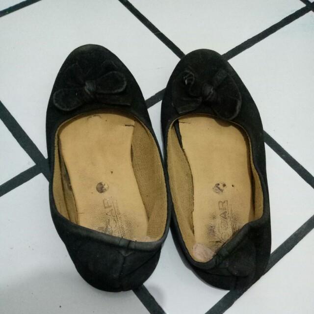Flatshoes hitam pita