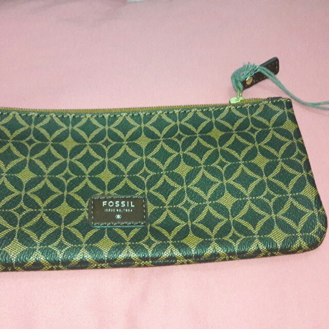 Fossil Paige Zip Pouch Guaranteed Authentic