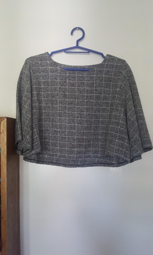 Gray bell sleeve blouse