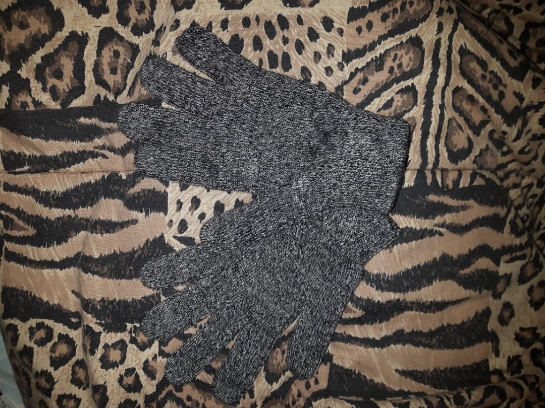 H&M - gloves - new