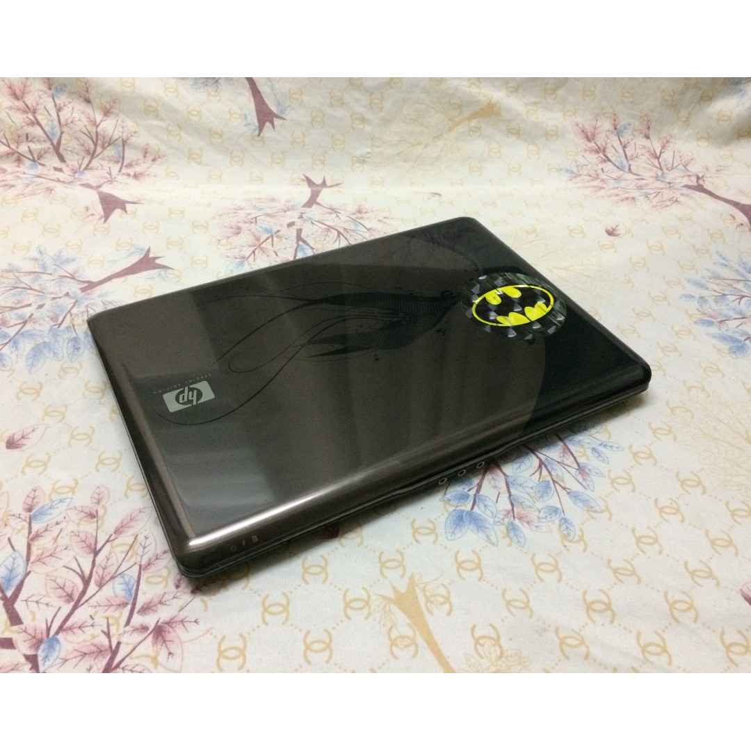 HP Pavilion 4gb ram 500gb hdd 14.1 inches (special edition)