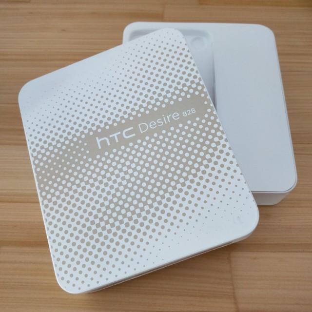《待上架》HTC 828手機空盒
