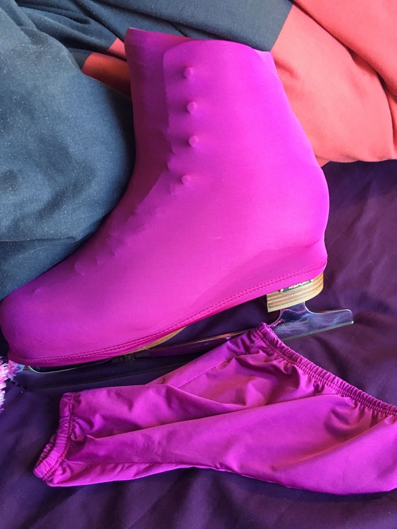 Ice/roller skates boot cover