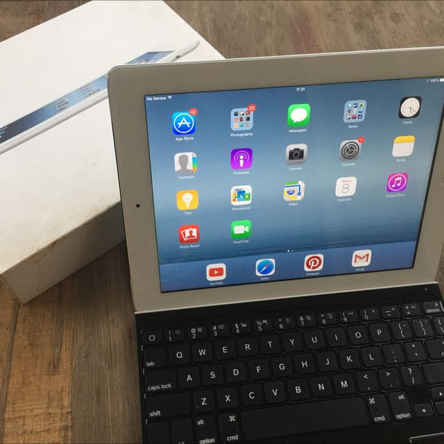 Ipad 3 16gb Sim Dan Wifi Plus Logitech Keyboard Super Slim