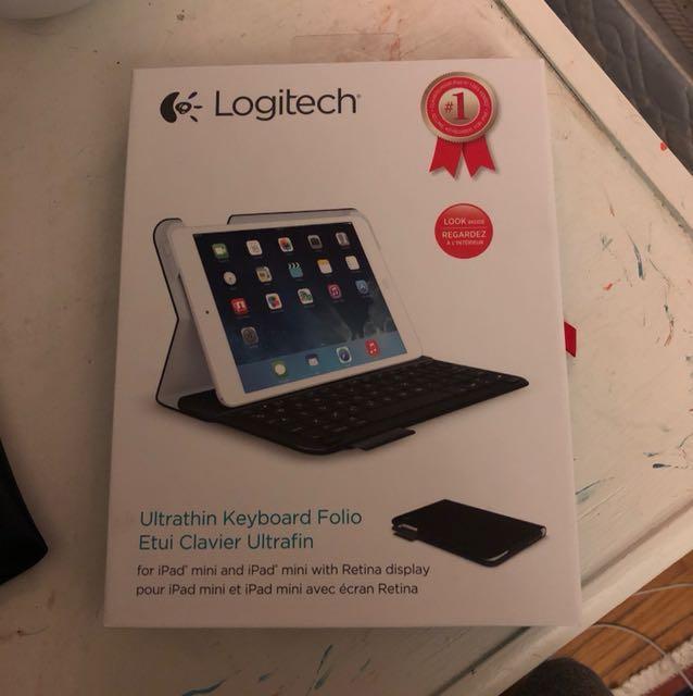 iPad mini cover with keyboard - black
