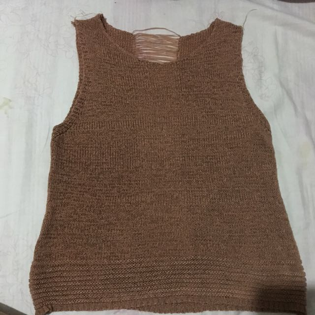 Knitted sexy back croptop