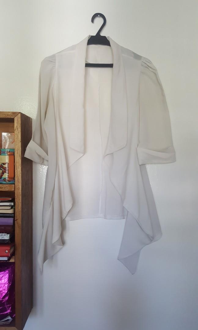 Light chiffon cute white blazer