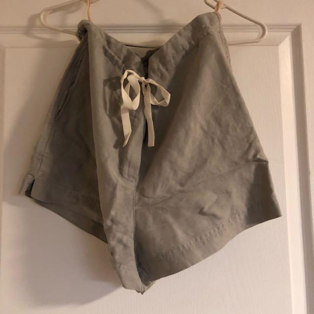 Linen Wilfred Shorts From Aritzia
