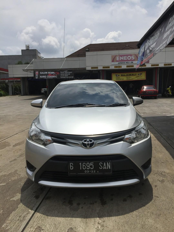 Over kredit Toyota Limo 2017