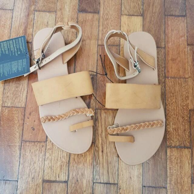 Summer Sandals in Camel