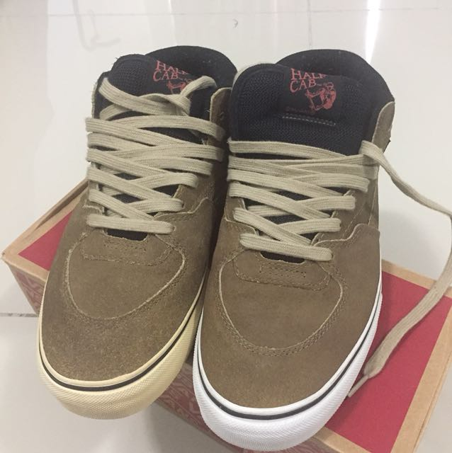 765b8ee528 ... Fesyen Lelaki · Kasut Lelaki · Sneakers. photo photo photo