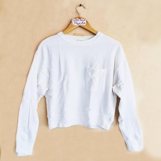White Pocket Sweatshirt Semi Cropped Top