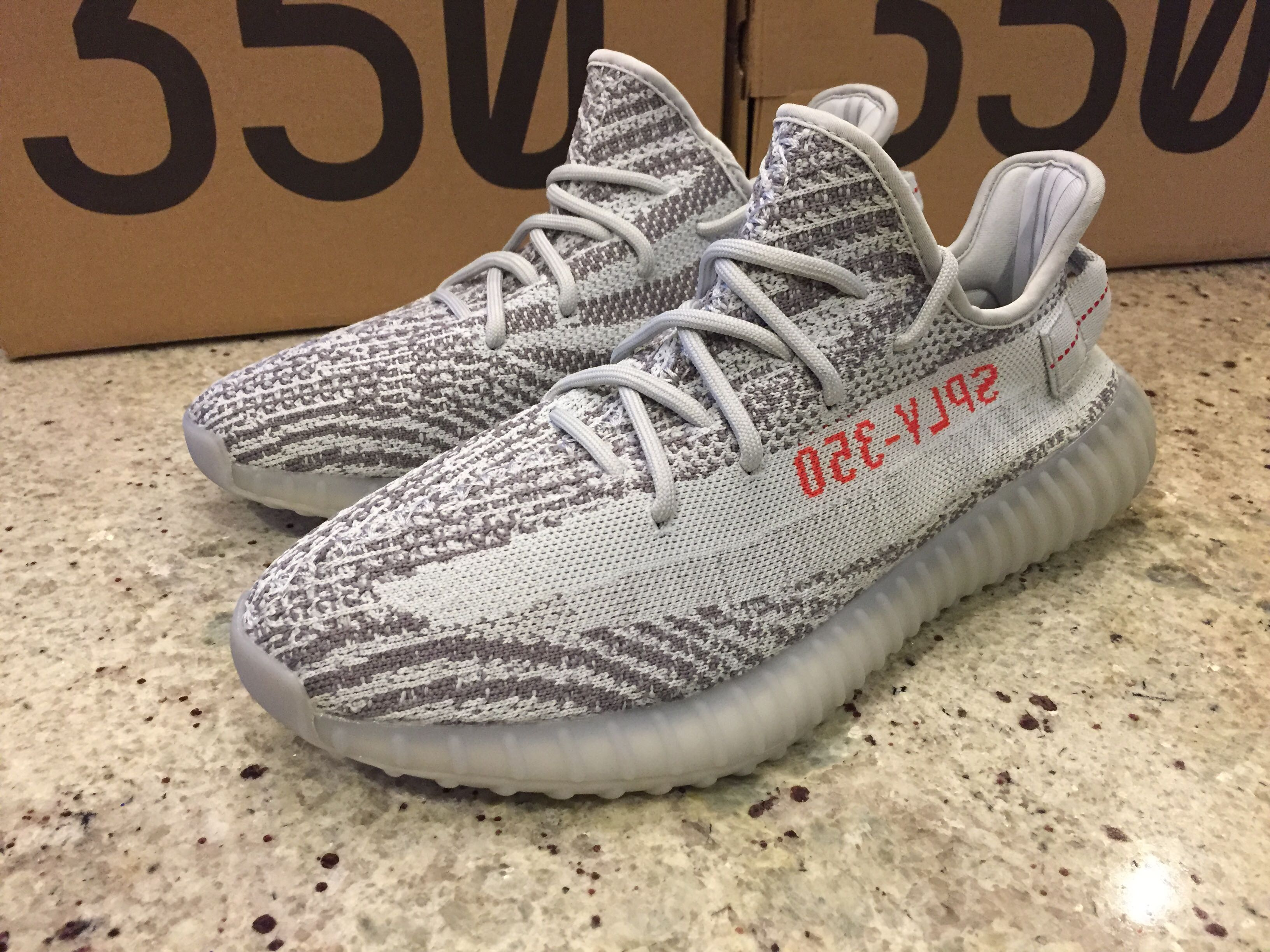 Yeezy Boost 350 V2 (Size 8.5, 9.5, 10) Blue Tint New