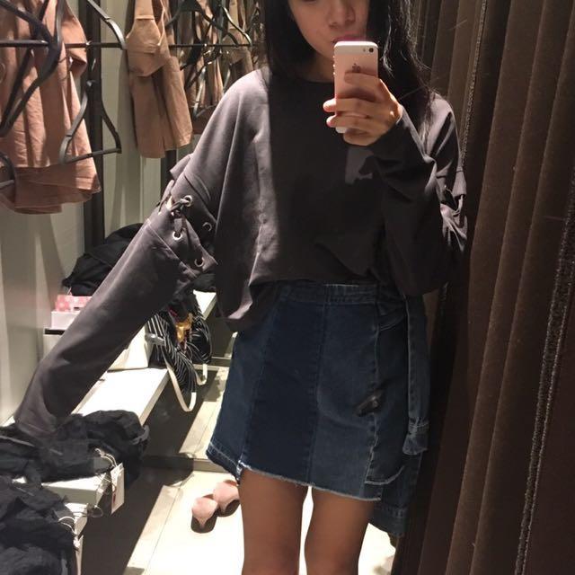 Zara 短版上衣