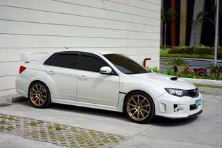 Advan Racing RS with NITTO Invo tires
