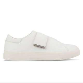 SINGLE STRAP PLIMSOLLS WHITE SLIP ON