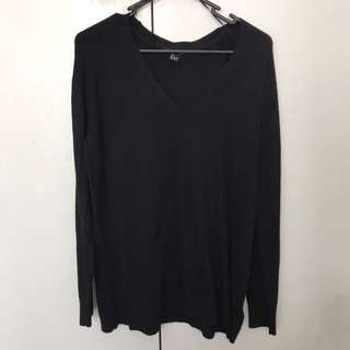 H&M black sweater jumper