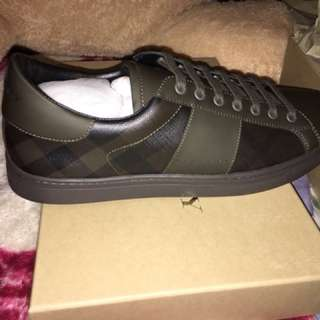 Men's Authentic Burberry Sneakers