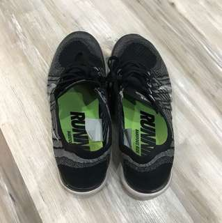 Nike 4.0 Running Shoes