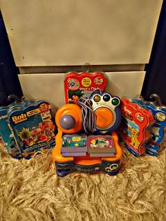 VTECH V. SMILE CONSOLE BUNDLE WITH GAMES