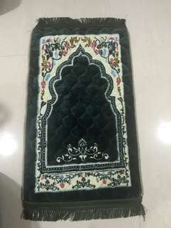 Prayer mat (cushion type)