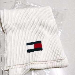 $50 TOMMY Hilfiger 💓💓雪白色女裝頸巾