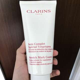 Clarins stretch mark control