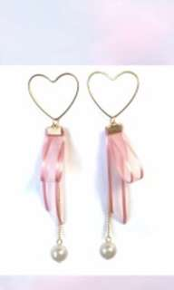 Ribbon Earrings with Pearl
