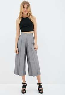 Highwaisted Gray Cullotes