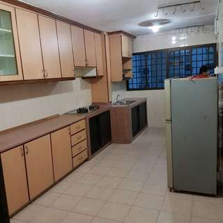 4 Room HDB for Rental at Clementi (Whole unit)