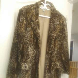 Lady's Leopard 3/4 Length Jacket