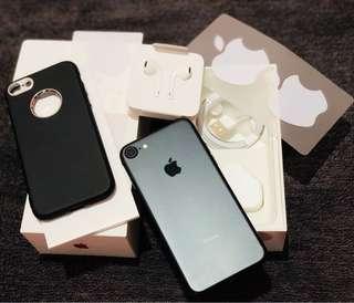 iPhone 7 128gb Factory unlocked under warranty