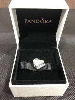 Brand new authentic Pandora piano Charm