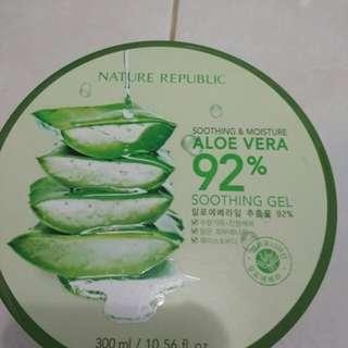 Nature Republik Aloe Vera 92% Soothing Gel