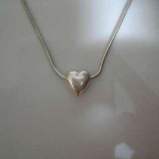 Perlini Sliver Heart Necklace
