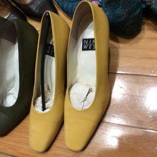 Nine West 黃色真皮高踭鞋