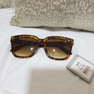REPRICED!! Authentic Sunnies Selby Sunglasses