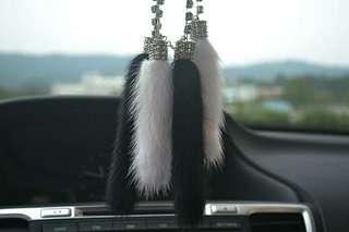 D. A. D.  Blink fur mirror  necklace