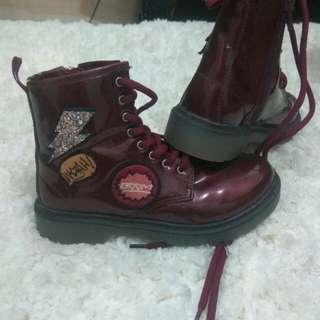 Sepatu zara boots