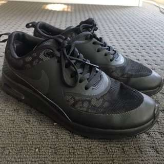 Nike womens air max thea black leopard trainers