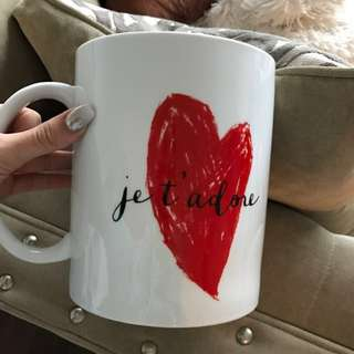 💕 FREE with bundle 💕 Large Coffee Cup/Flower Vase