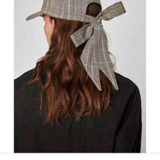 Zara格紋帽