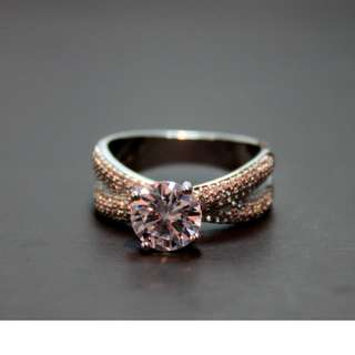 Ladie's Cubic Zirconia Ring (size 8.75)